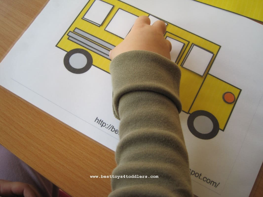 Wheels on the Bus matching shapes free printable activity for toddlers and preschoolers