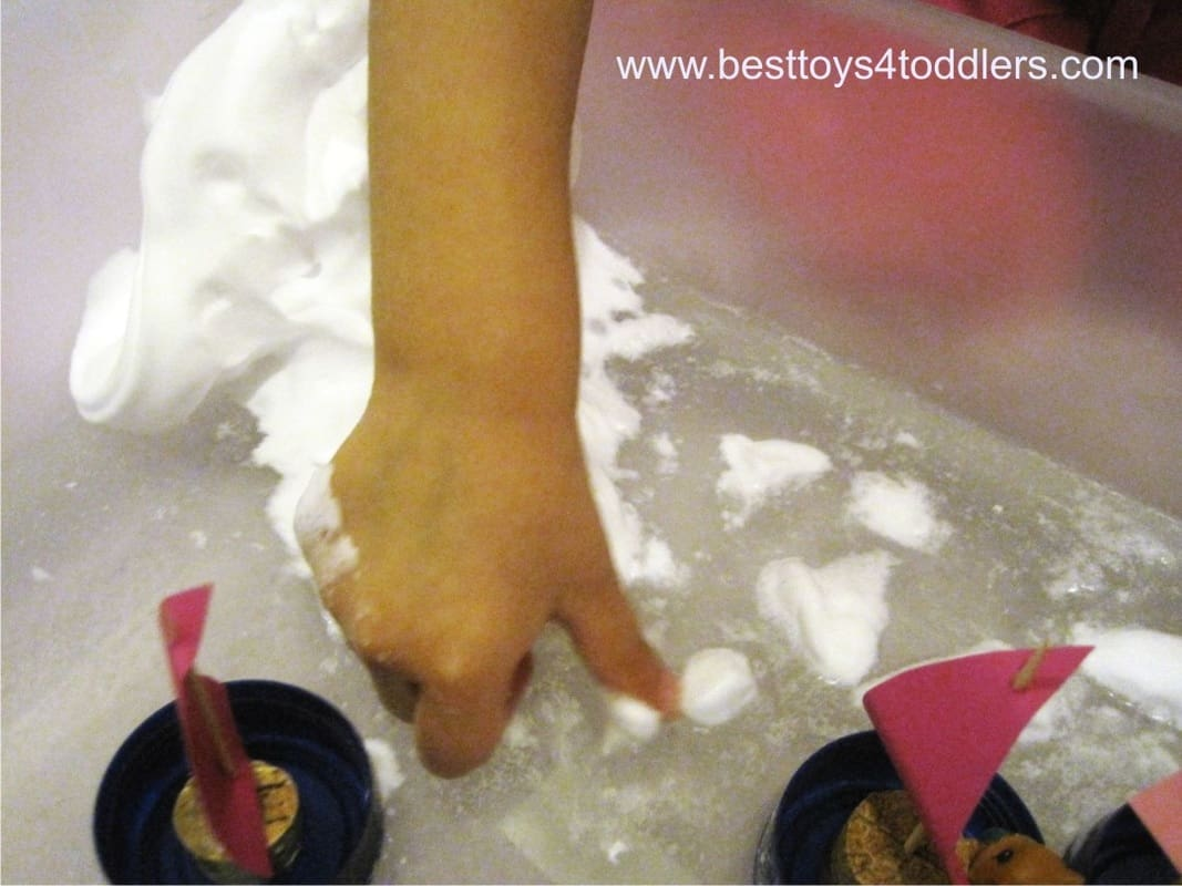 Winter Sailing - pretend / sensory play with fake snow for toddlers