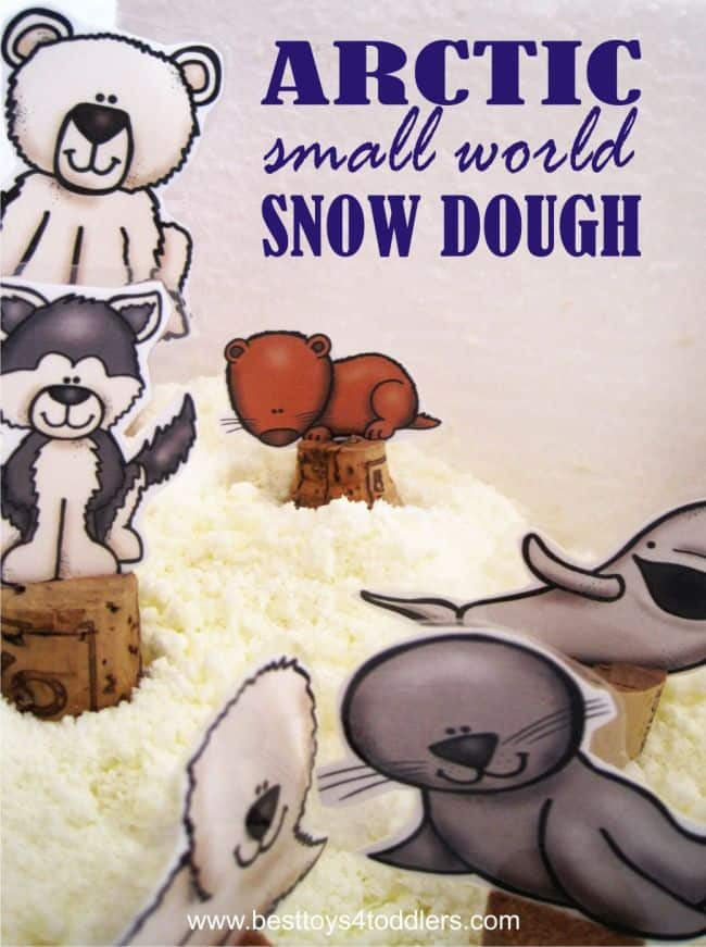 Arctic animals small world combines learning about arctic animals with sensory play using edible, taste safe homemade snow dough! #sensoryplay #arcticanimals #winter #tastesafe