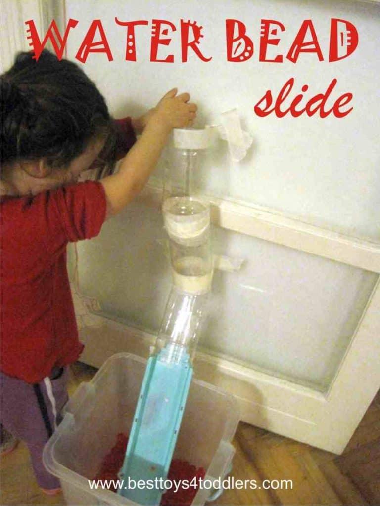 Water Bead Slide - simple sensory game with water beads #sensoryplay #sensoryactivity #finemotorskills #toddlersactivity #indoorplay