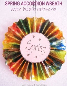 Spring Accordion Wreath with Kid's Artwork
