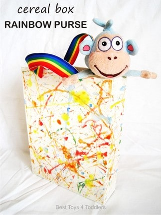 Cereal Box Rainbow Purse, day 5 of #junkplay challenge, turning cereal box in a fun play with kids