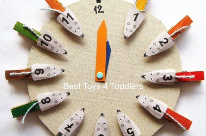 Hickory Dickory Dock - number and color matching fine motor activity for toddlers and preschoolers