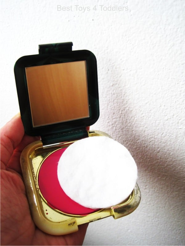DIY pretend play make-up from old pocket mirror