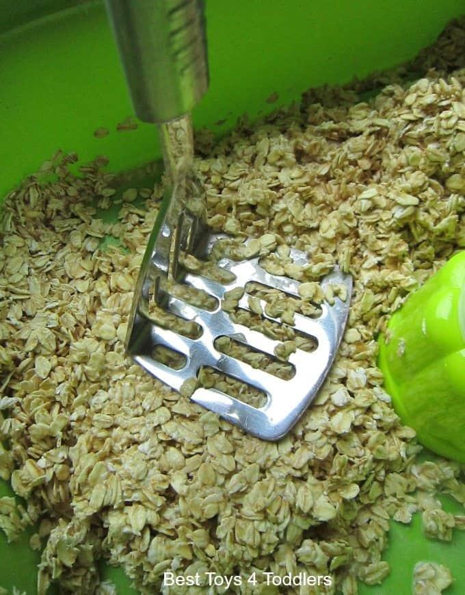 Potato masher oats play