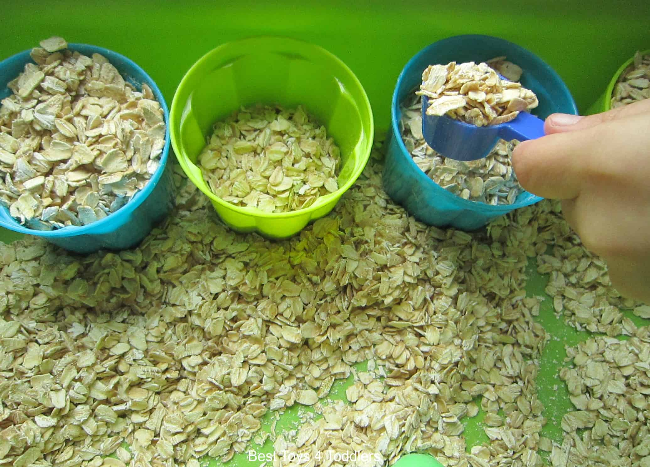 Toddler oat play