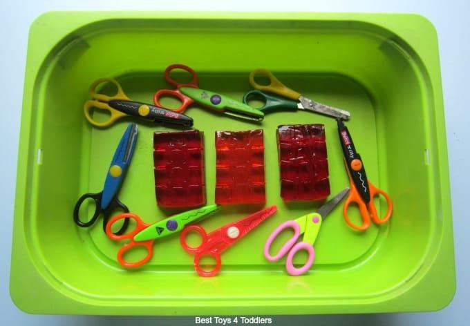 Jelly Cutting sensory bin