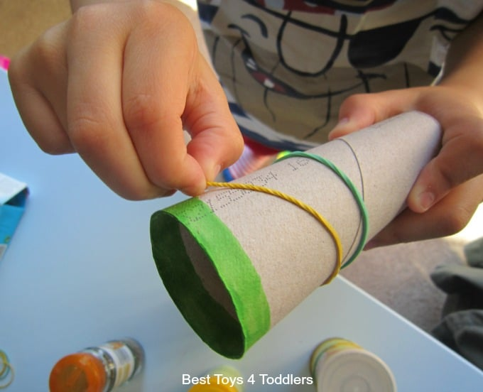 Pincer grip and rubber band play