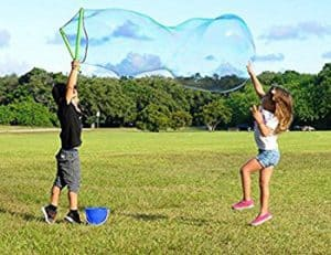 Top 10 Outdoor Toys For 3 Year Olds: WowMazing Bubble Kit