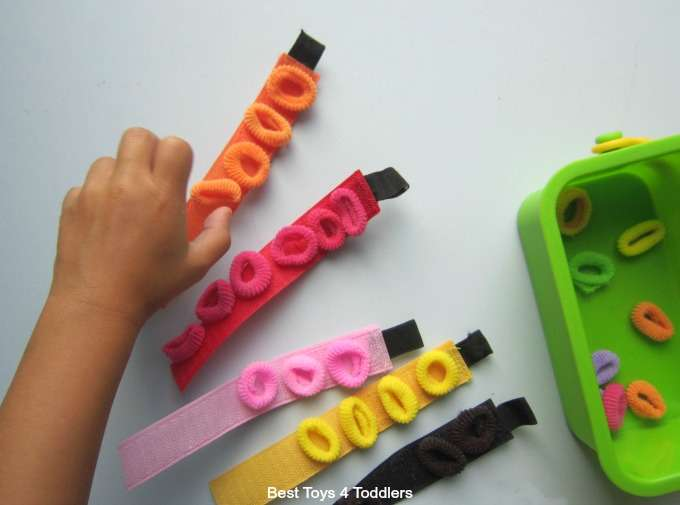 Fine motor play with velcro