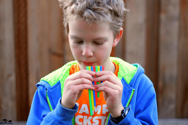 33 Out of the Box Activities with Drinking Straws - DIY pan flute