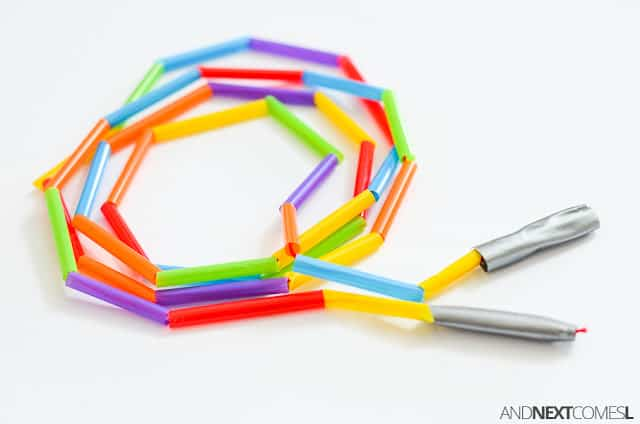 33 Out of the Box Activities with Drinking Straws - DIY skipping rope