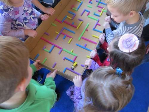 33 Out of the Box Activities with Drinking Straws - maze in a box