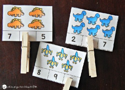counting dinosaurs clip cards