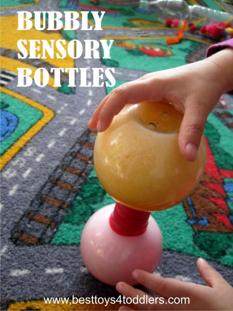 Bubbly sensory bottles - sensory bottles filled with bubbles! #sensoryplay #DIYtoys #sensorybottle #messfree